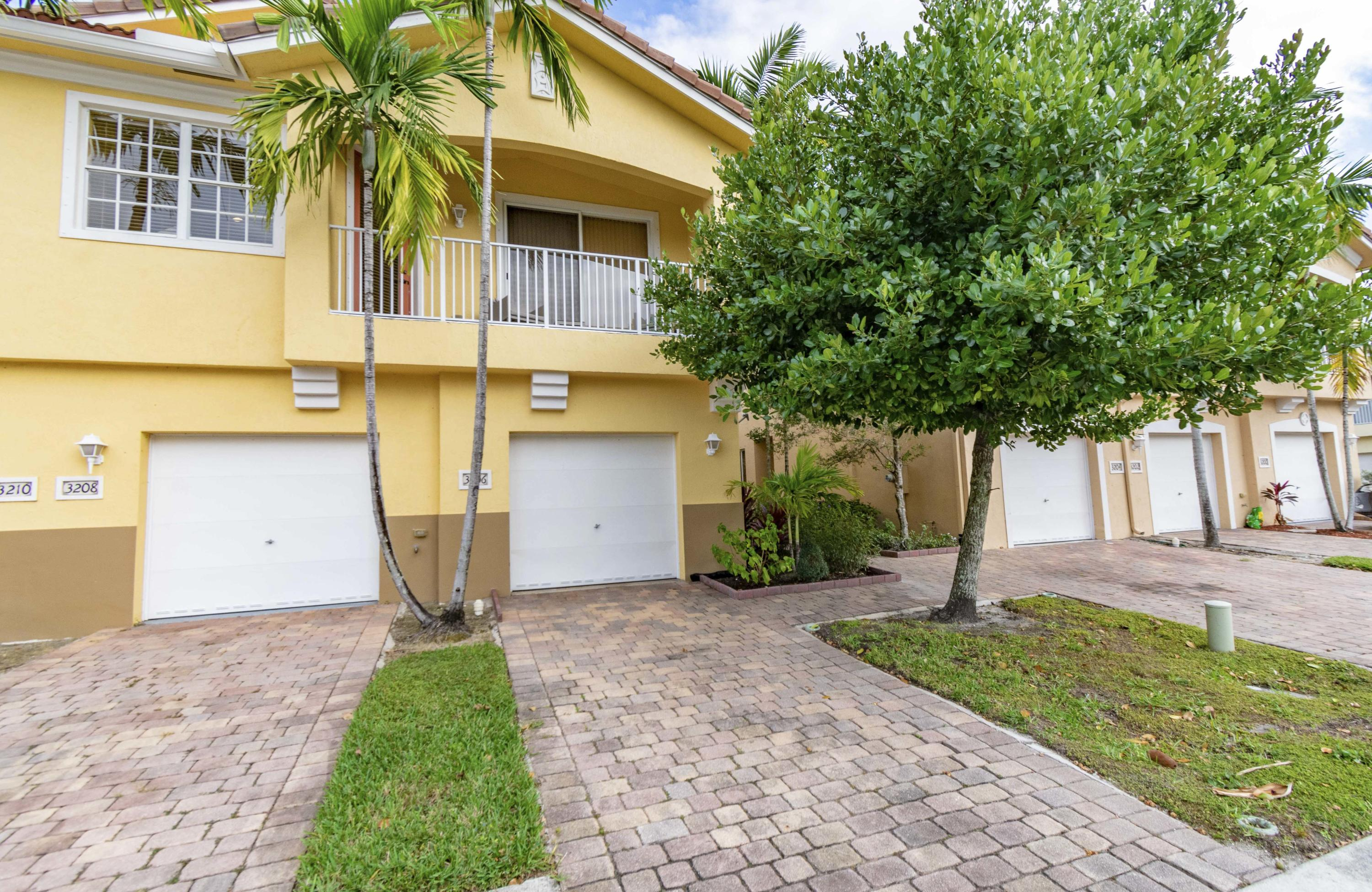 3206 Mirella Drive, Riviera Beach, Florida 33404, 2 Bedrooms Bedrooms, ,2 BathroomsBathrooms,Condo/Coop,For Sale,Mirella,12,RX-10496351