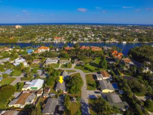 2303 S Wallen Drive, Palm Beach Gardens, FL 33410