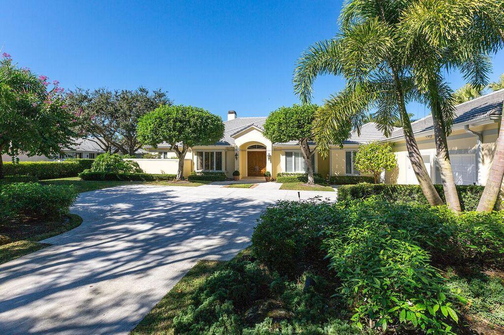 2539 Fairway Island Drive, Wellington, Florida 33414, 4 Bedrooms Bedrooms, ,4.1 BathroomsBathrooms,Single Family,For Sale,Palm beach Polo,Fairway Island,RX-10509747