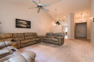 1143 Duncan Circle, 202, Palm Beach Gardens, FL 33418