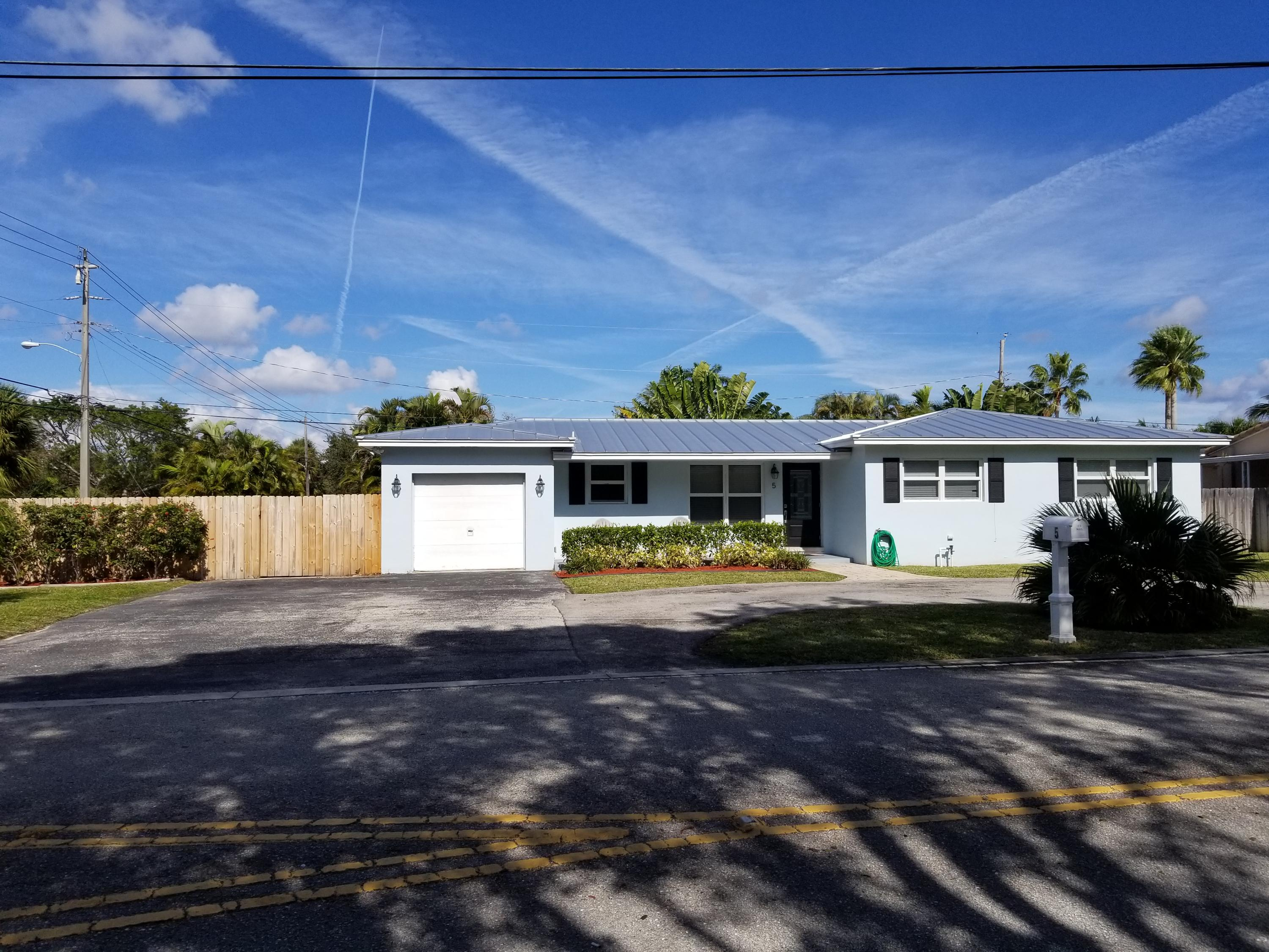 5 16th Street, Delray Beach, Florida 33444, 3 Bedrooms Bedrooms, ,2 BathroomsBathrooms,Single Family,For Sale,16th,RX-10497157
