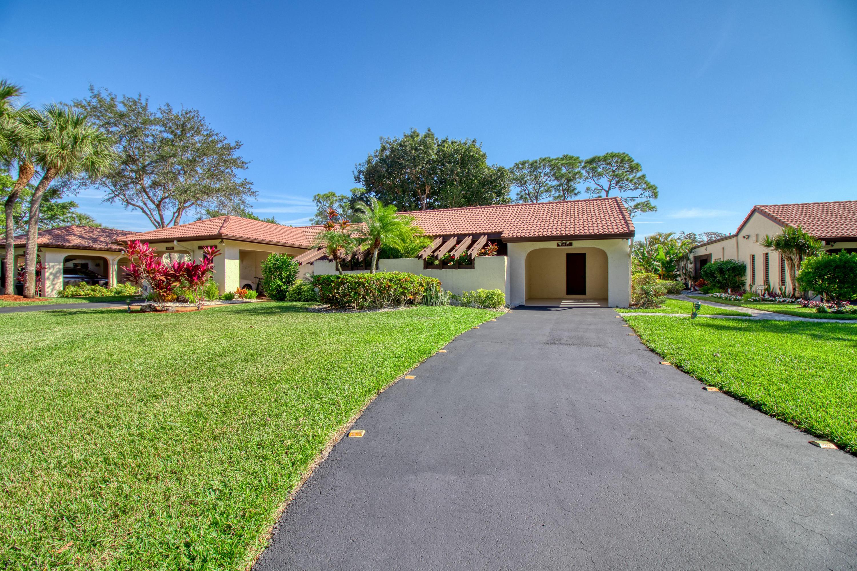 21680 Tall Palm Circle, Boca Raton, Florida 33433, 3 Bedrooms Bedrooms, ,2 BathroomsBathrooms,Villa,For Sale,Boca Lago,Tall Palm,1,RX-10489507