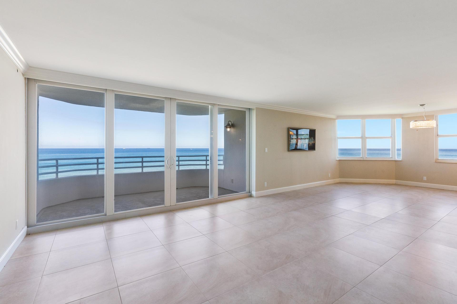 3407 Ocean Boulevard, Highland Beach, Florida 33487, 2 Bedrooms Bedrooms, ,2.1 BathroomsBathrooms,Condo/Coop,For Sale,Ocean,4,RX-10443625