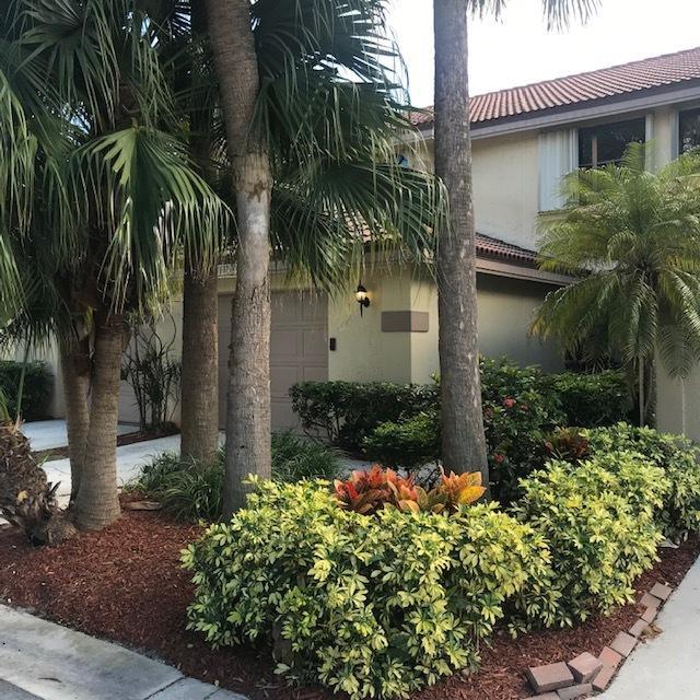 12204 Sag Harbor Court, Wellington, Florida 33414, 3 Bedrooms Bedrooms, ,2.1 BathroomsBathrooms,Townhouse,For Sale,Sag Harbor,RX-10497905