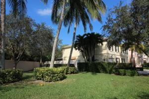 2165 Telogia Court, West Palm Beach, FL 33411