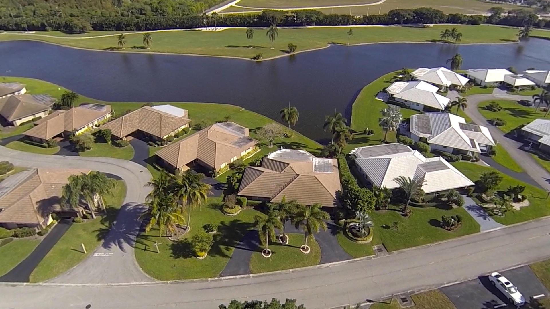334 Villa Drive, Atlantis, Florida 33462, 2 Bedrooms Bedrooms, ,2 BathroomsBathrooms,Villa,For Sale,Villa,RX-10498863