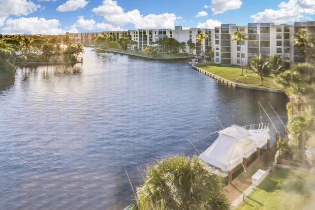 22 Royal Palm Way #5030 Boca Raton, FL 33432