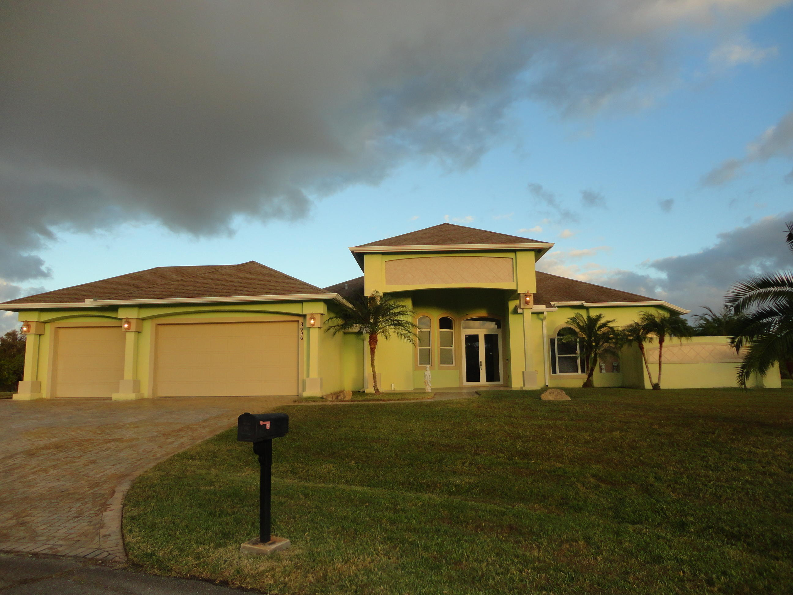 3606 Perry Court, Port Saint Lucie, Florida 34953, 4 Bedrooms Bedrooms, ,2.1 BathroomsBathrooms,Single Family,For Sale,Paar Esates,Perry,1,RX-10497388