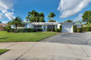 655 Kingfish Place SE, North Palm Beach, FL 33408