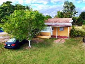4397 Tellin Avenue, West Palm Beach, FL 33406