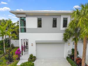 1230 NE 8th Avenue, Delray Beach, FL 33483