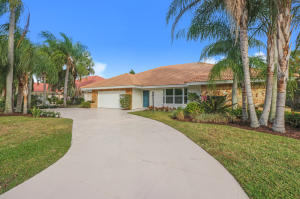 3 Thurston Drive, Palm Beach Gardens, FL 33418