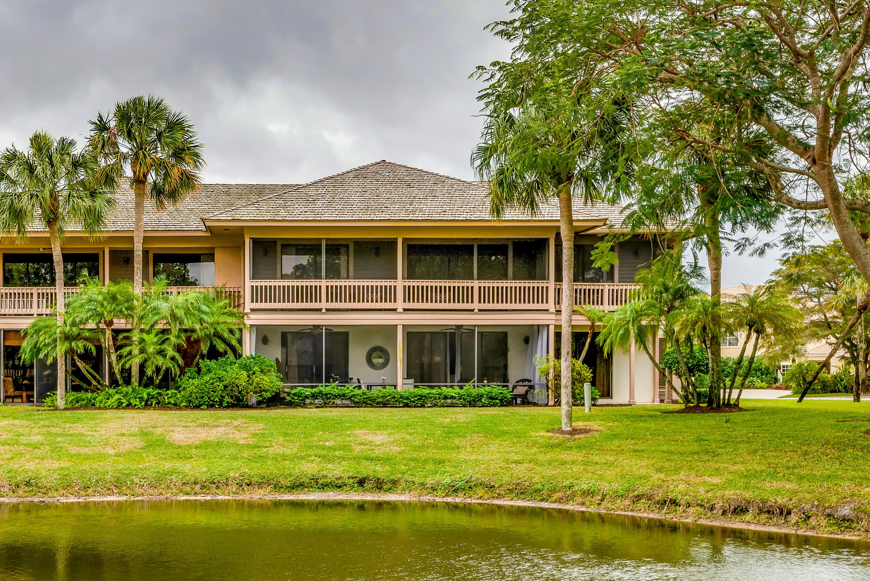 11818 Pebblewood Drive, Wellington, Florida 33414, 2 Bedrooms Bedrooms, ,2 BathroomsBathrooms,Condo/Coop,For Sale,PALM BEACH POLO,Pebblewood,1,RX-10499032
