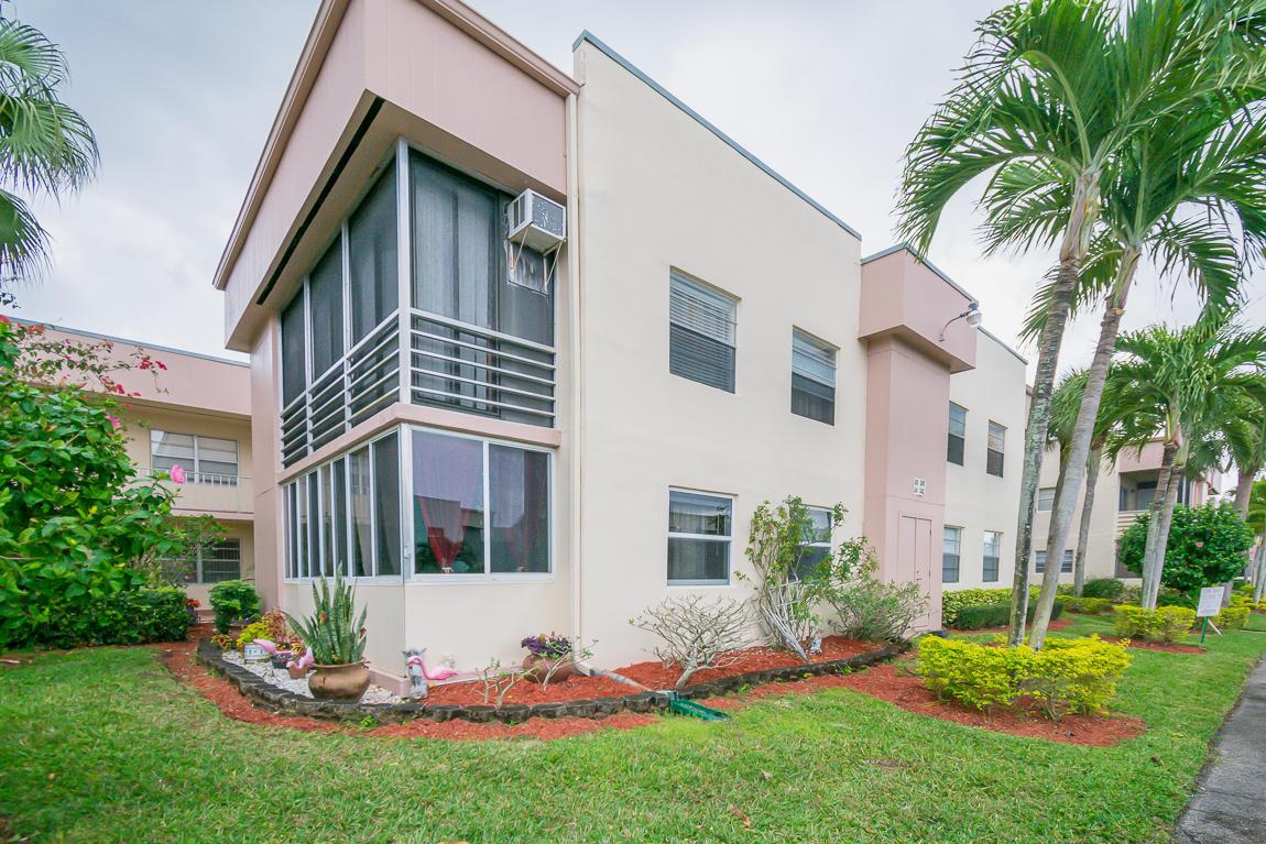 341 Burgundy H, Delray Beach, Florida 33484, 2 Bedrooms Bedrooms, ,2 BathroomsBathrooms,Condo/Coop,For Sale,Kings Point,Burgundy H,1,RX-10496483