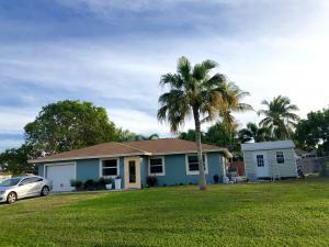 3268 Sapphire Road, Lake Worth, FL 33462