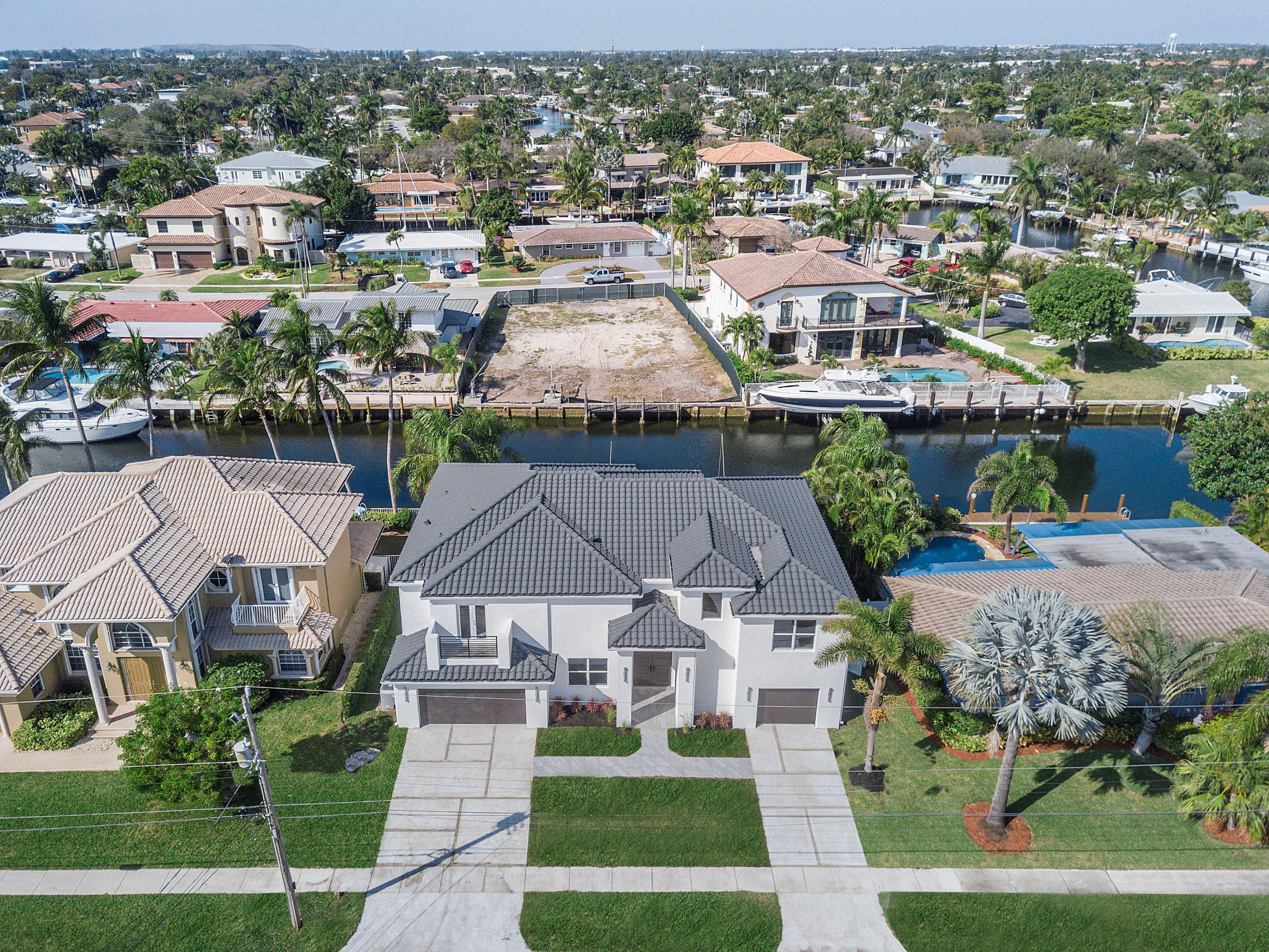 4921 28th Avenue, Lighthouse Point, Florida 33064, 6 Bedrooms Bedrooms, ,5.1 BathroomsBathrooms,Single Family,For Sale,28th,RX-10436735