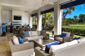11781 Calleta Court, Palm Beach Gardens, FL 33418
