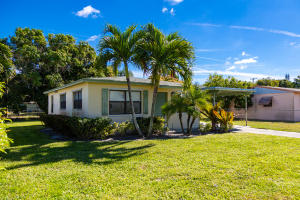 305 SW 12th Avenue, Delray Beach, FL 33444