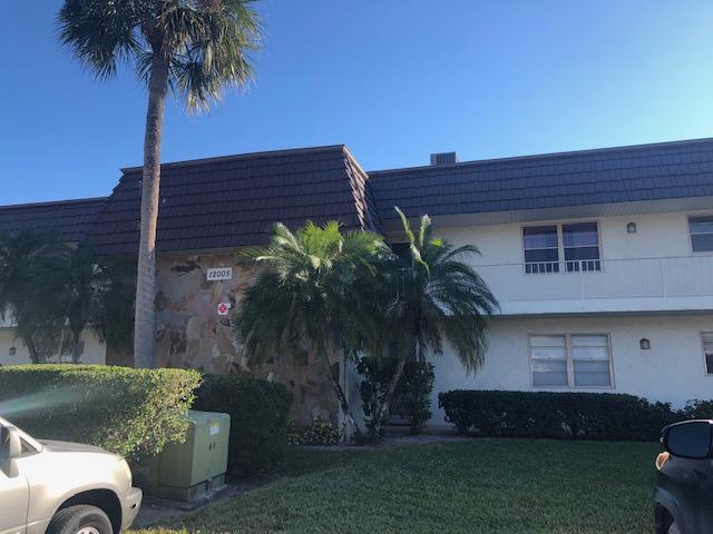 12005 Poinciana Boulevard, Royal Palm Beach, Florida 33411, 2 Bedrooms Bedrooms, ,2 BathroomsBathrooms,Condo/Coop,For Sale,Greenway Village South,Poinciana,2,RX-10499943