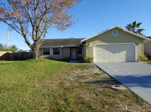 5076 El Claro Circle, West Palm Beach, FL 33415