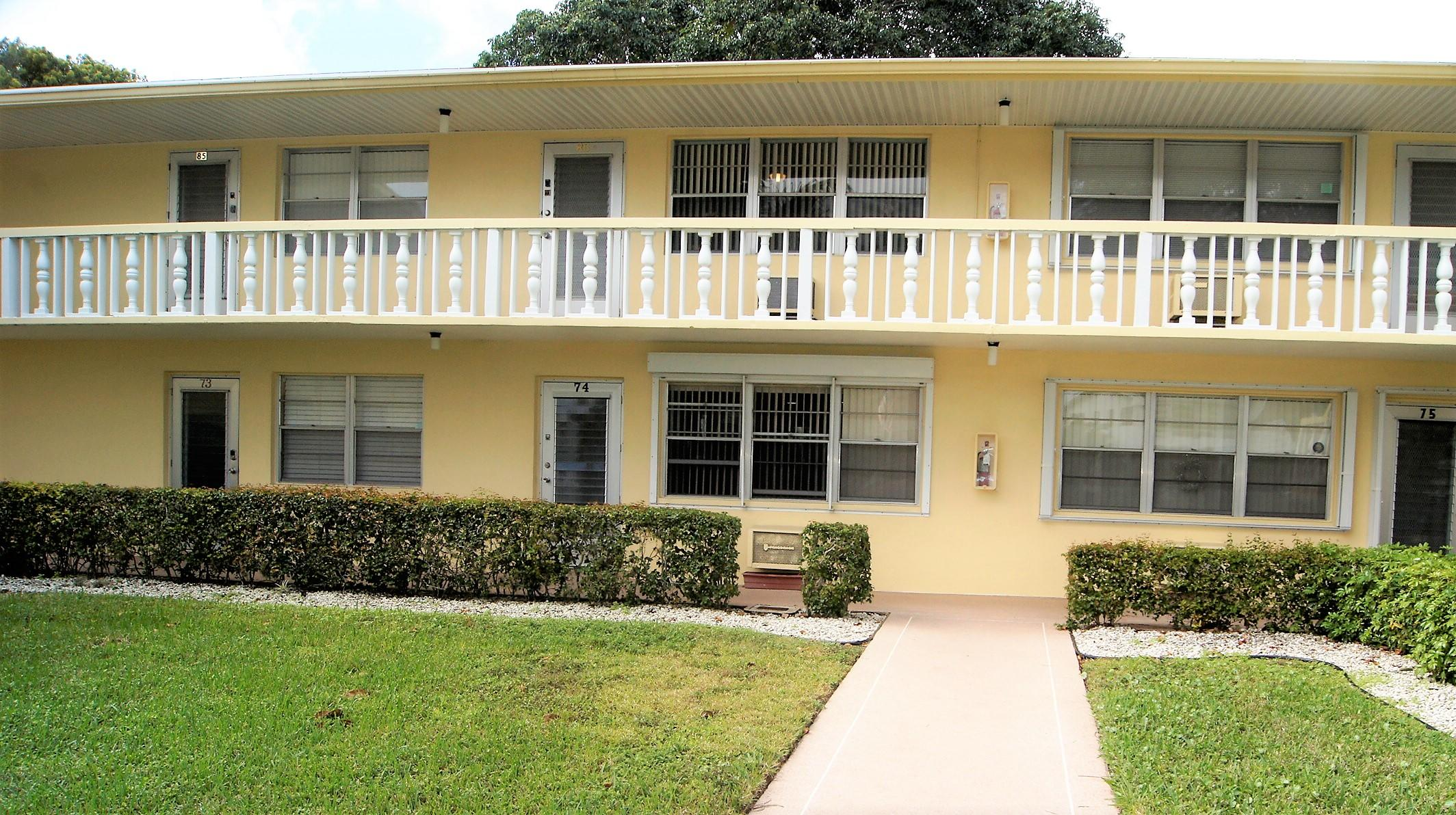 86 Windsor D, West Palm Beach, Florida 33417, 1 Bedroom Bedrooms, ,1.1 BathroomsBathrooms,Condo/Coop,For Sale,WINDSOR,Windsor D,2,RX-10500118