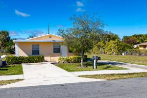 34 SW 10th Avenue, Delray Beach, FL 33444