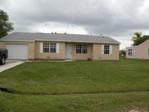 2333 SE Blackwell Drive, Port Saint Lucie, FL 34953