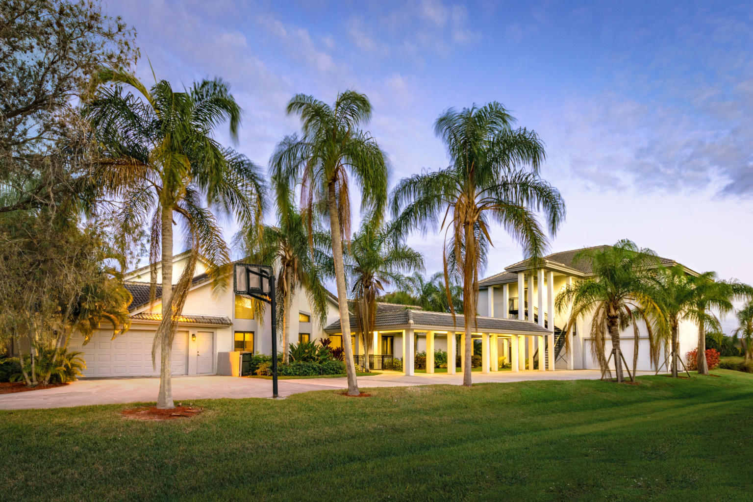 Wellington- Florida 33414, 6 Bedrooms Bedrooms, ,4 BathroomsBathrooms,Residential,For Sale,Lindbergh,RX-10500207