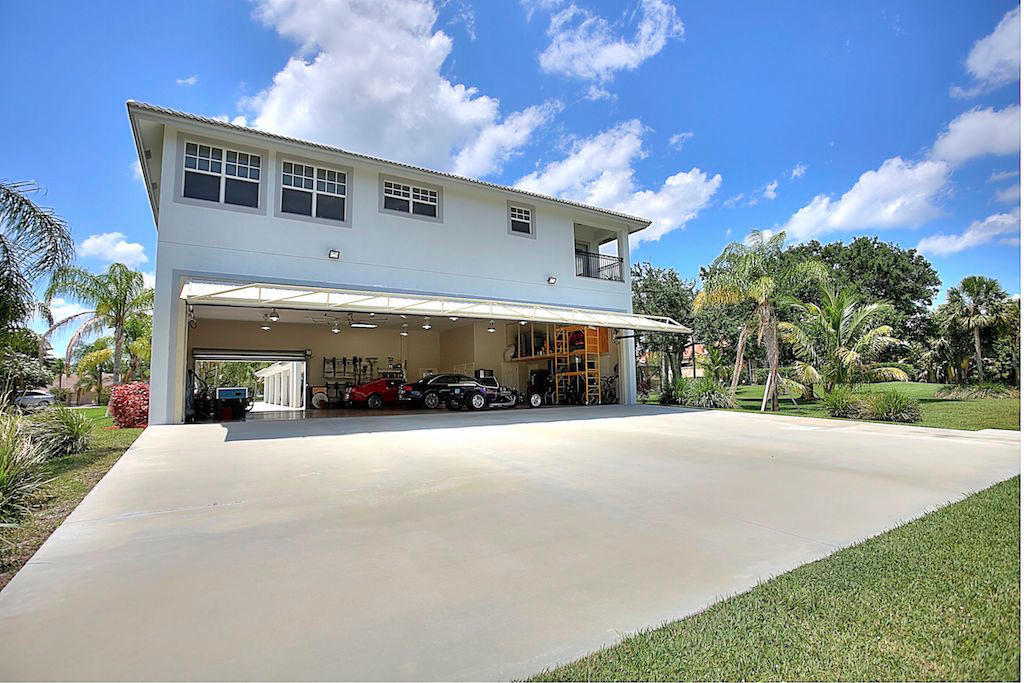 Wellington- Florida 33414, 6 Bedrooms Bedrooms, ,4 BathroomsBathrooms,Residential,For Sale,Lindbergh,RX-10500207