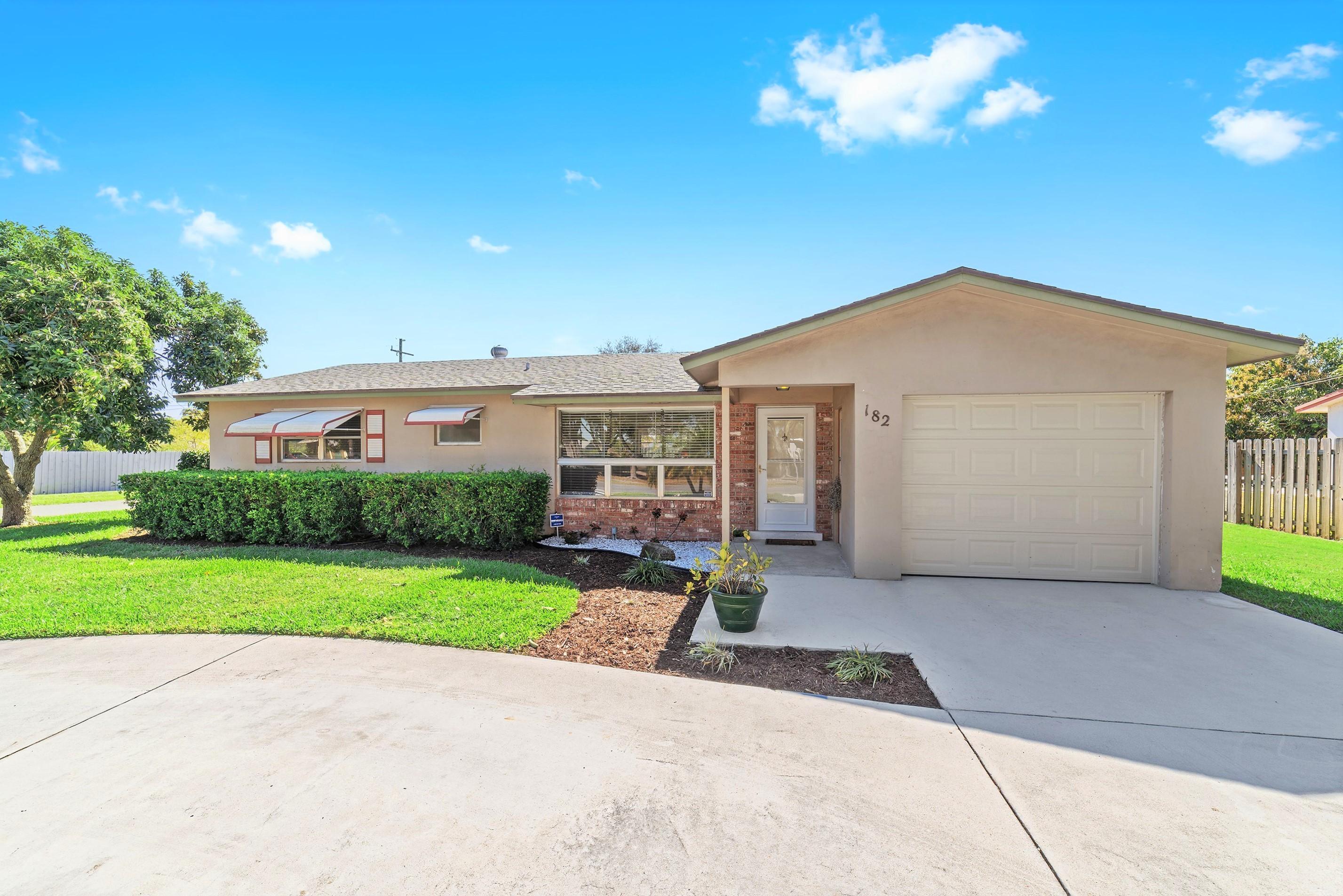 182 27th Avenue, Boynton Beach, Florida 33435, 3 Bedrooms Bedrooms, ,2 BathroomsBathrooms,Single Family,For Sale,27th,RX-10500606
