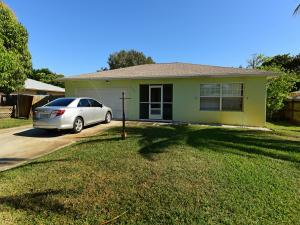 6902 S Plymouth Drive, Lake Worth, FL 33462