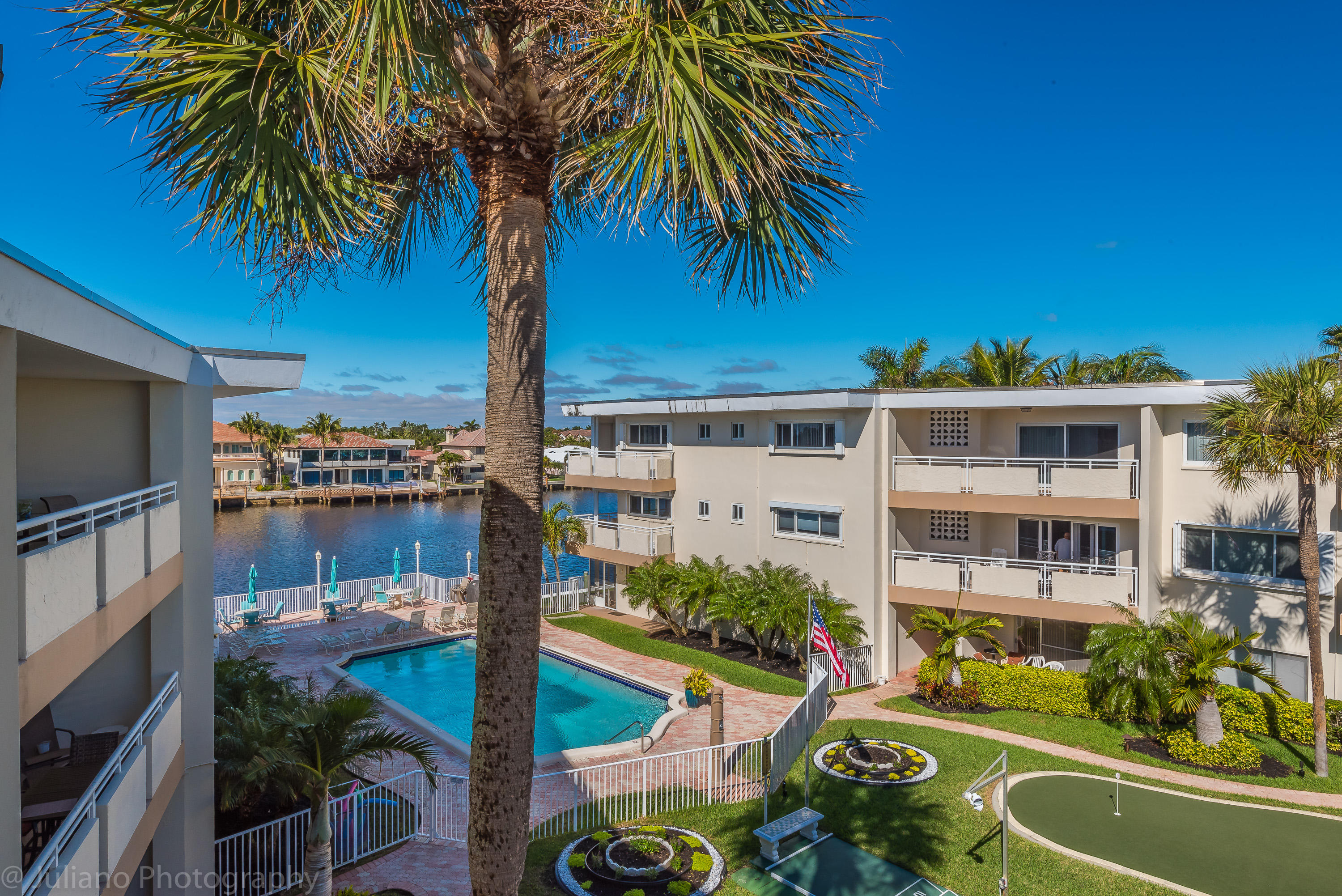 1198 Hillsboro Mile, Hillsboro Beach, Florida 33062, 2 Bedrooms Bedrooms, ,2 BathroomsBathrooms,Condo/Coop,For Sale,Hillsboro Mile,3,RX-10500365