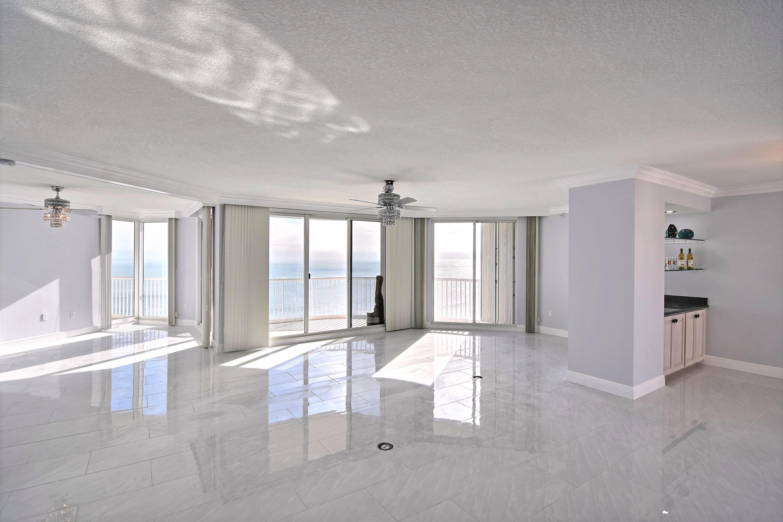 5051 Highway A1a, Hutchinson Island, Florida 34949, 3 Bedrooms Bedrooms, ,3 BathroomsBathrooms,Condo/Coop,For Sale,Highway A1a,18,RX-10500707