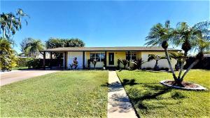 428 Gulfstream Road, Palm Springs, FL 33461