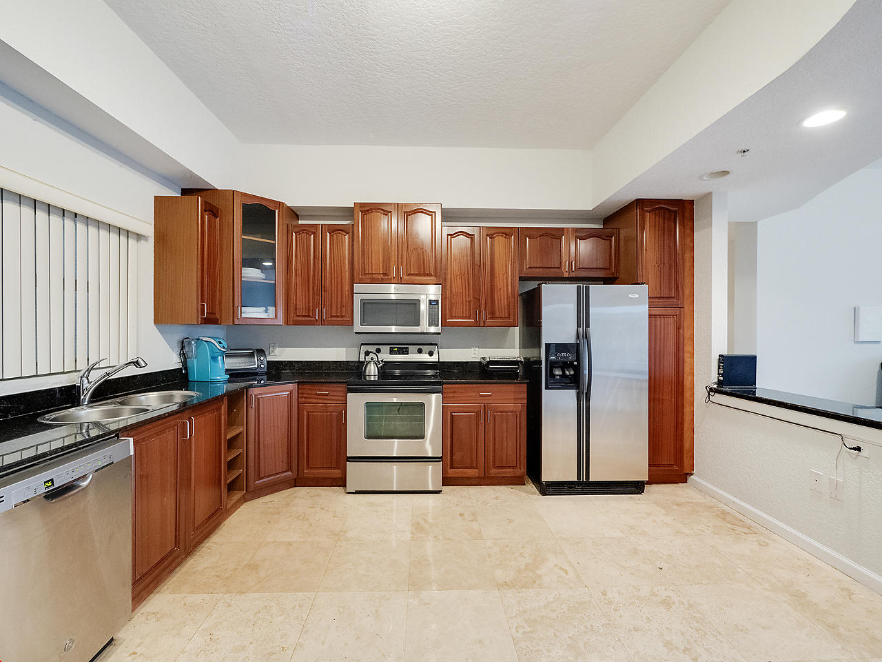 1620 Presidential Way, West Palm Beach, Florida 33401, 3 Bedrooms Bedrooms, ,3 BathroomsBathrooms,Condo/Coop,For Sale,Park Place Condominium,Presidential,1,RX-10500917