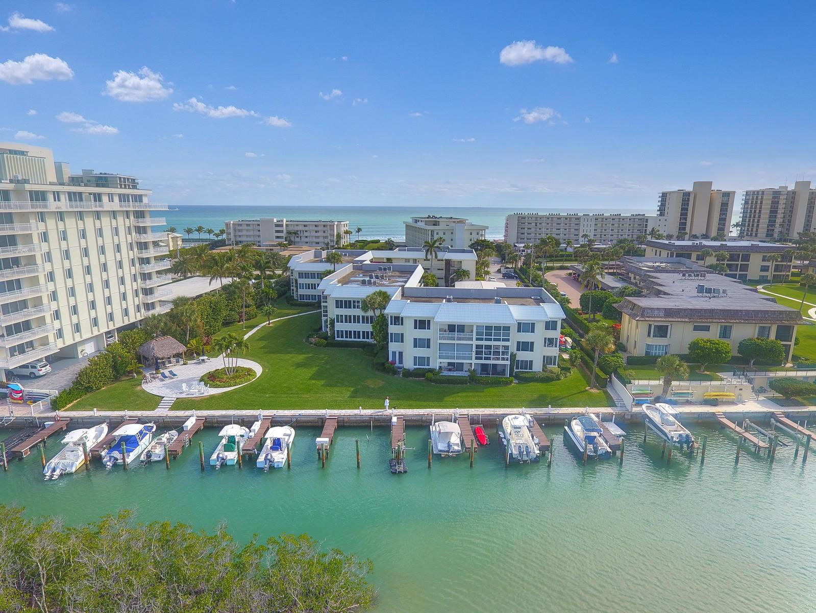 325 Beach Road, Tequesta, Florida 33469, 2 Bedrooms Bedrooms, ,2 BathroomsBathrooms,Condo/Coop,For Sale,Island House South West,Beach,1,RX-10501088