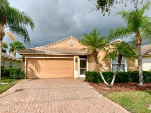 618 NW Stanford Lane, Port Saint Lucie, FL 34983