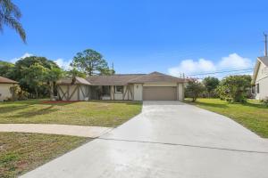 6094 SW Springdale Way, Delray Beach, FL 33484