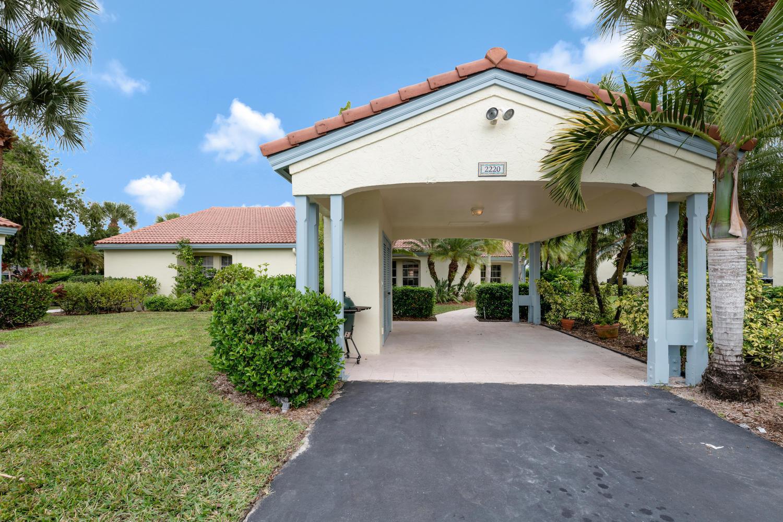 2220 Las Casitas Drive, Wellington, Florida 33414, 3 Bedrooms Bedrooms, ,2 BathroomsBathrooms,Villa,For Sale,Palm Beach Polo,Las Casitas,RX-10501369