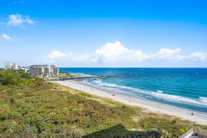 1180 S Ocean Boulevard, 10-D, Boca Raton, FL 33432