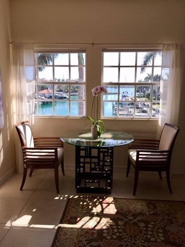 Image 11 For 42302 Fisher Island Drive 42302