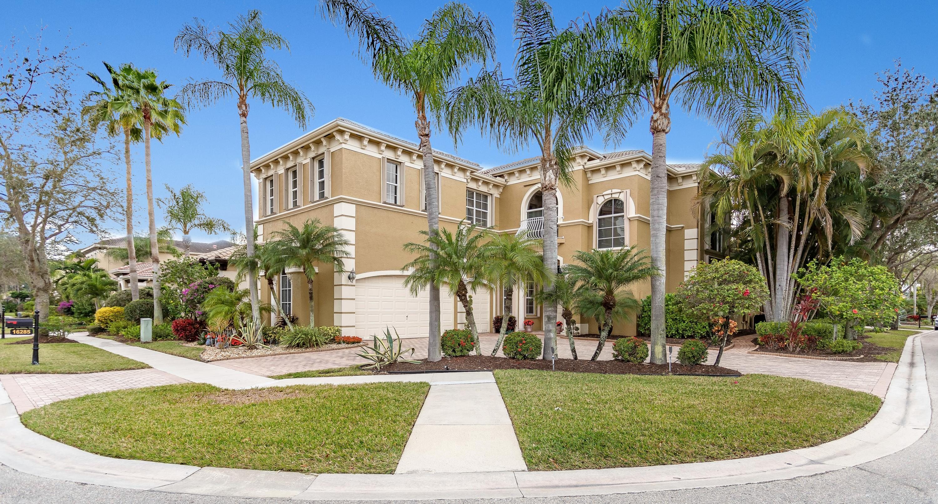 16285 Via Venetia, Delray Beach, Florida 33484, 5 Bedrooms Bedrooms, ,4 BathroomsBathrooms,Single Family,For Sale,Via Venetia,RX-10500342