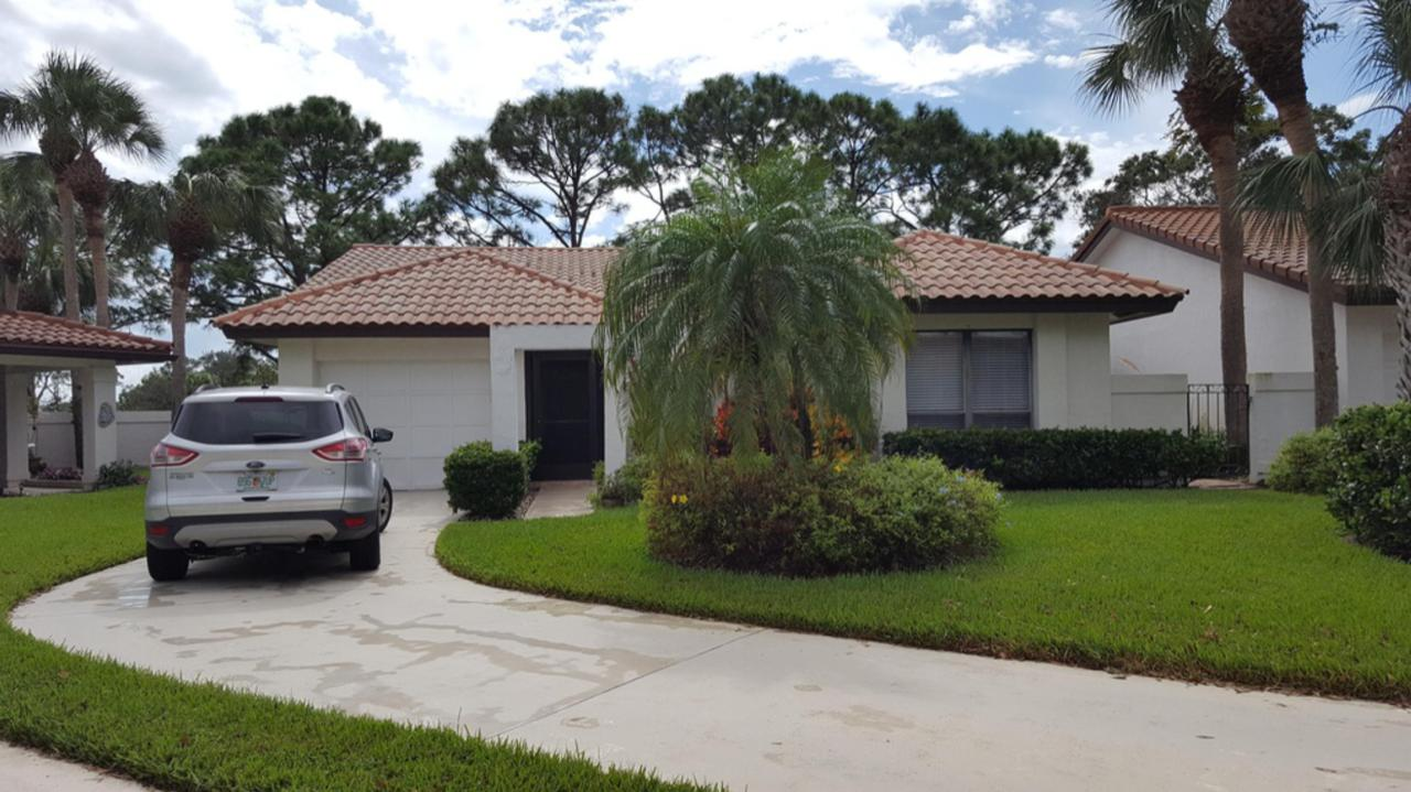 Home for sale in OSPREY CREEK Palm City Florida