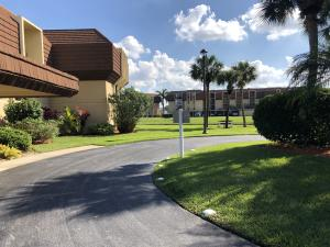 5380 Woodland Lakes Drive, 317, Palm Beach Gardens, FL 33418