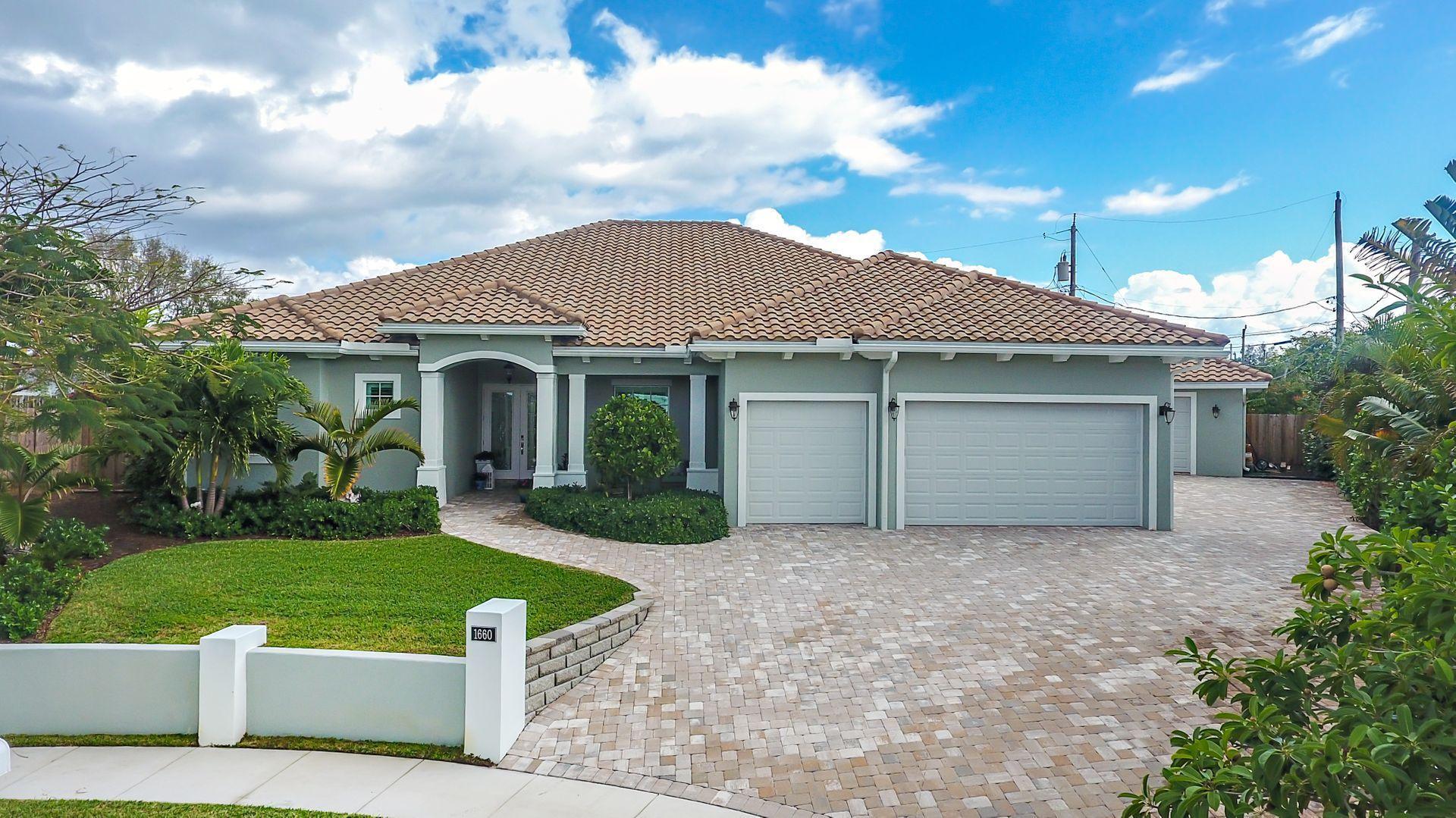 1660 Isles Circle, Juno Beach, Florida 33408, 4 Bedrooms Bedrooms, ,2.1 BathroomsBathrooms,Single Family,For Sale,Juno Isles,Isles,RX-10499329