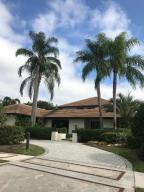 19668 Oakbrook Circle, Boca Raton, FL 33434
