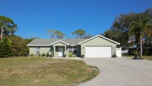 606 Gregory Street, Fort Pierce, FL 34982
