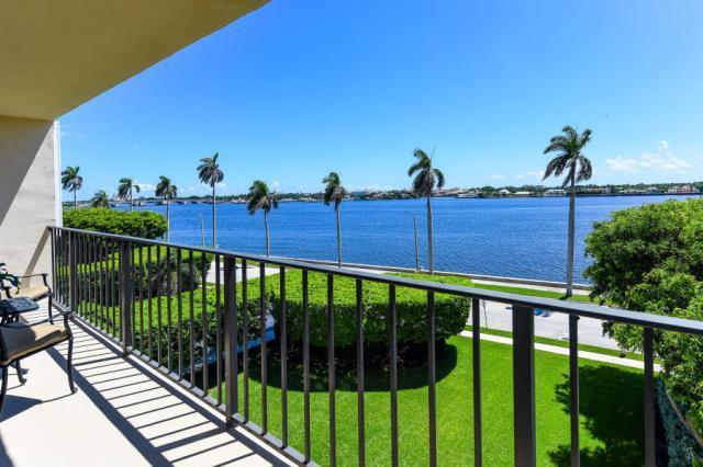 1701 Flagler Drive, West Palm Beach, Florida 33401, 1 Bedroom Bedrooms, ,1.1 BathroomsBathrooms,Condo/Coop,For Sale,Flagler,4,RX-10503014