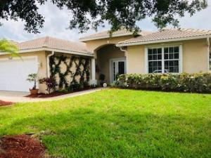 550 NW Waverly Circle, Port Saint Lucie, FL 34983