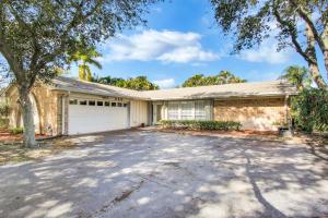 220 Rex Court, Palm Springs, FL 33461
